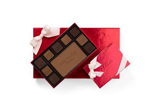 custom-chocolate-with-logo